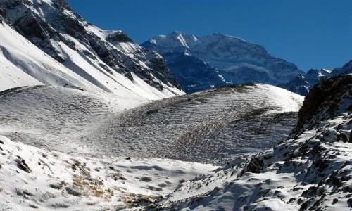 Continent: America de Sud Tara: Argentina Obiectiv: Ascensiune Aconcagua 6962m Cel mai inalt varf din...